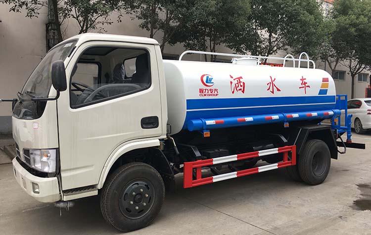 5吨东风小多利卡洒水车(国六)-5吨东风小多利卡洒水车(国六)